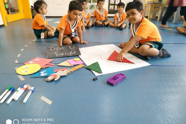 tracing shapes helps me to know the dimensions – Copy-min